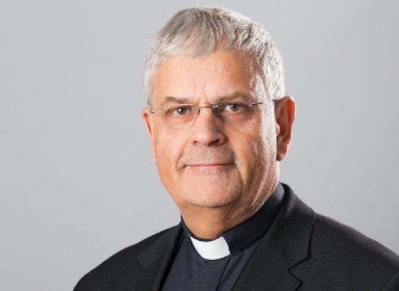 St. Johann Nepomuk, Weihbischof Dr. Hauke